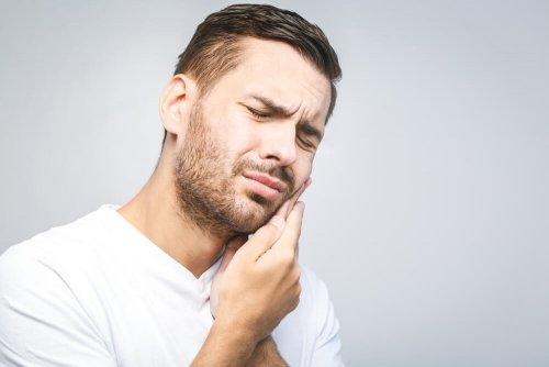 o-remedios-naturais-mais-efetivos-para-a-dor-de-dente-500x334