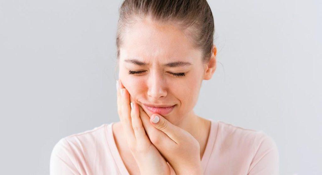 dor-de-dentes-ortocenter-1140x620
